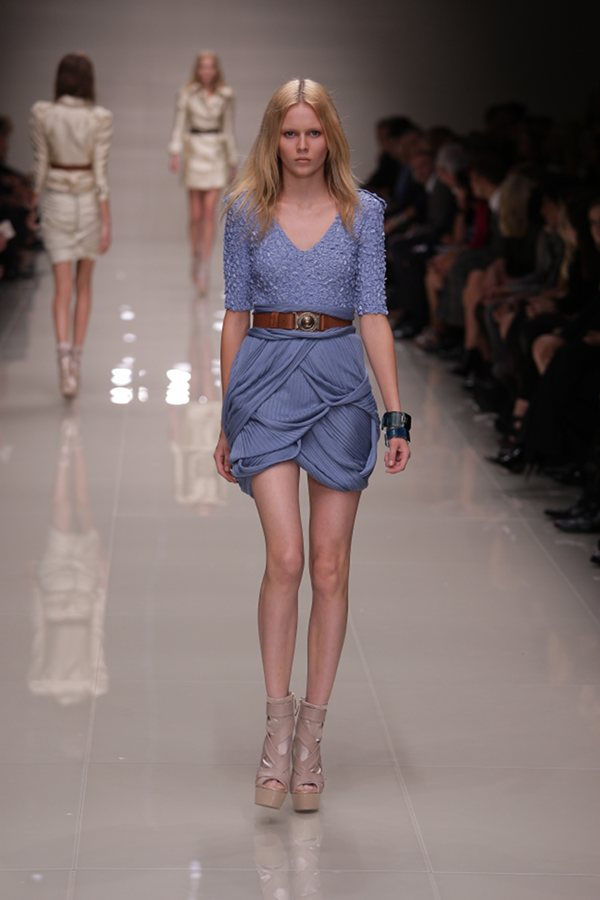 London Fashion Week 2009 Burberry Blue