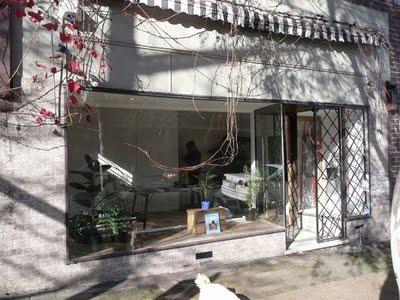 Rainoff Bookstore Darley Street exterior